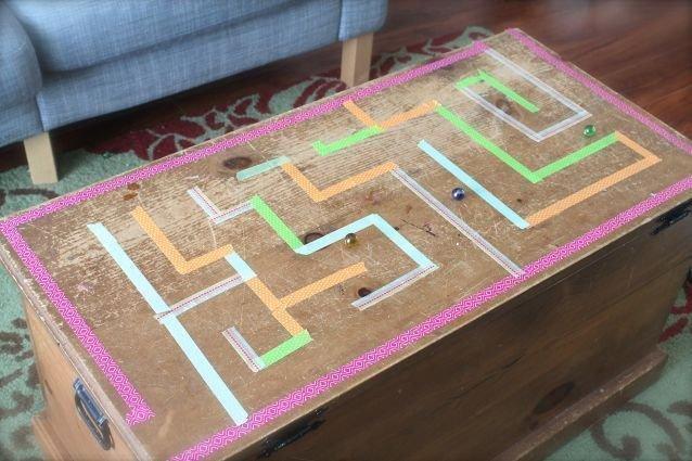 labyrinthe de billes. Black Bedroom Furniture Sets. Home Design Ideas
