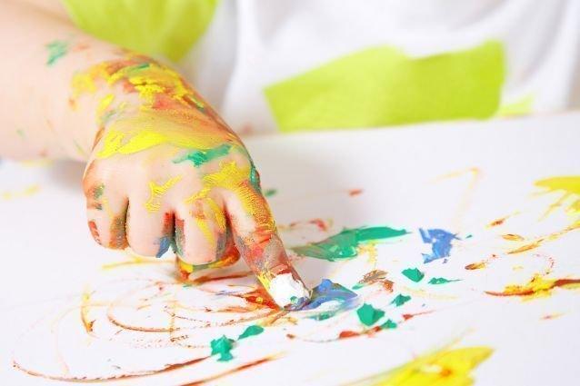 Peinture tactile for Objectif atelier cuisine en creche