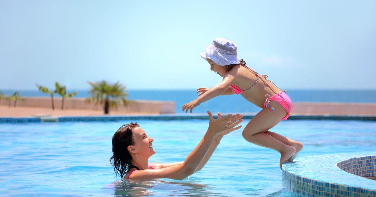Apprendre nager en 4 tapes s curit maison et for Piscine pour apprendre a nager