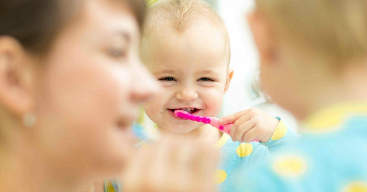 b u00e9b u00e9 n u0026 39 aime pas brosser ses dents - b u00e9b u00e9 - 0-12 mois - sant u00e9 - dents
