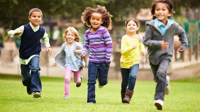 G rer les amis de nos enfants famille tre parent - Jeux qui ne prennent pas beaucoup de place ...
