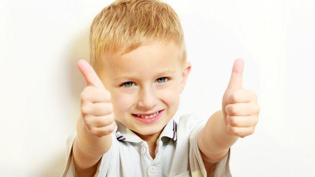 le besoin d 39 affirmation des enfants enfant 3 5 ans psycho estime et connaissance de. Black Bedroom Furniture Sets. Home Design Ideas
