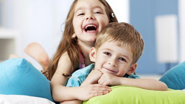 fr res et soeurs amis pour la vie famille fr res et soeurs. Black Bedroom Furniture Sets. Home Design Ideas