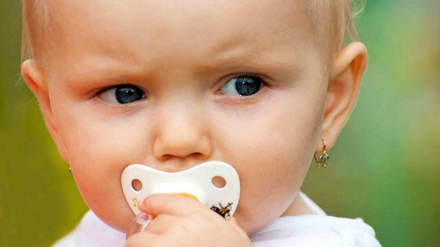 divers design grande variété de styles beauté Les oreilles percées - Mode/Beauté - Bébé et enfants ...