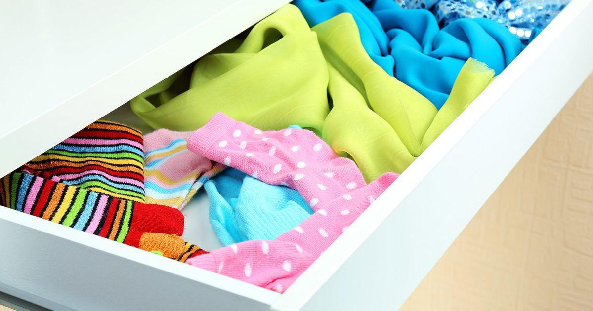 truc et astuce rangement vetement cool ranger les et les bas famille tches mnagres with truc et. Black Bedroom Furniture Sets. Home Design Ideas