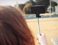 Selfie stick - pratique ou inutile?