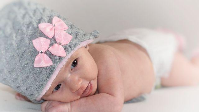 10 Prenoms Synonymes D Espoir Grossesse Maternite Prenoms